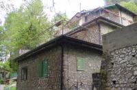 Vico Equense, Loc. Monte Faito, Vendesi Villetta