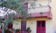 Sant'Agata, Loc. Pontone, vendesi villino su due livelli con giardino