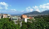 Sant'Agnello, Loc.tà Trasaelle, vendesi appartamento di 50 mq circa con ampio terrazzo a livello panoramico
