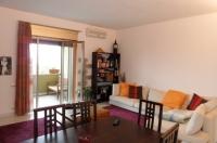PIANO DI SORRENTO, zona centrale, vendesi rifinito e luminoso appartamento di 105 mq