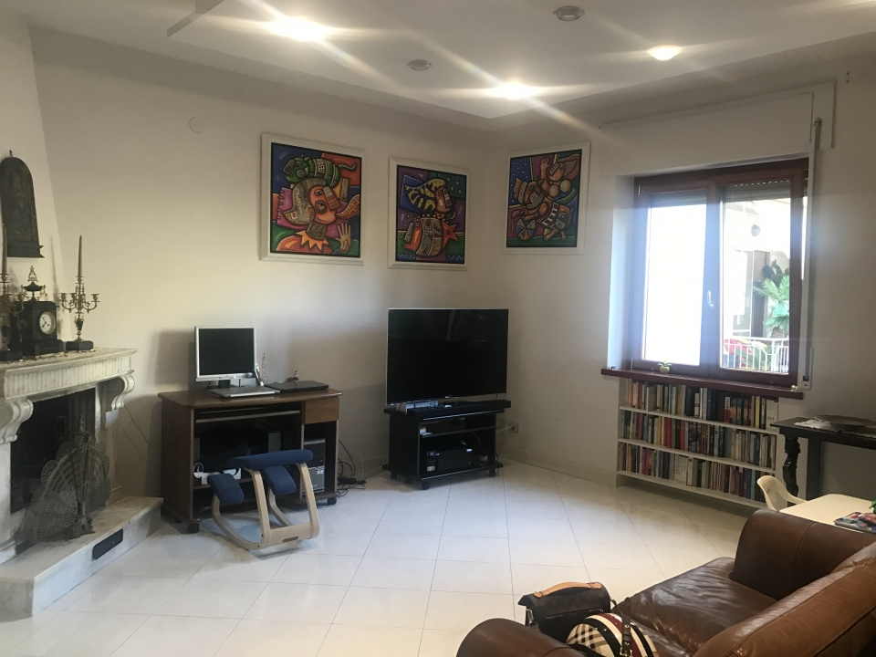 PIANO DI SORRENTO, centralissimo, in zona residenziale e tranquilla ...