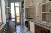 SORRENTO, PIAZZA SANT'ANTONINO, vendesi caratteristico ed unico appartamento