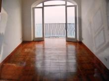 soggiorno con balcone panoramico